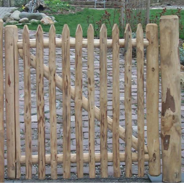 Gartentür aus Kastanienholz - Variante 1